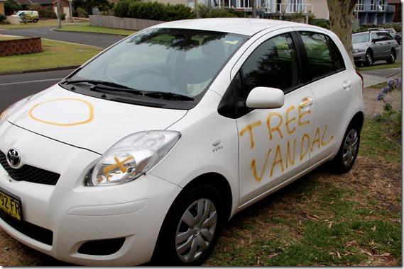 Tree Vandal  (1)