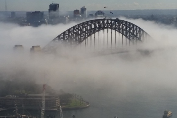 cloud_sydney_harbour_bridge